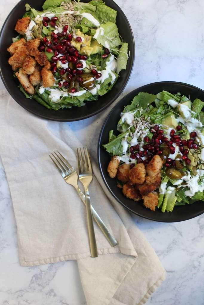 2 salad bowls